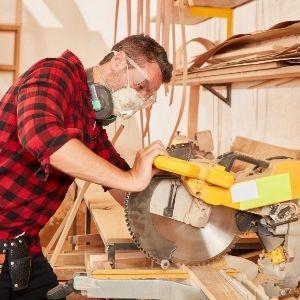 Carpenter Services in Dubai   HomeGenie®