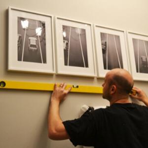 Mirror Hanging Services In Dubai